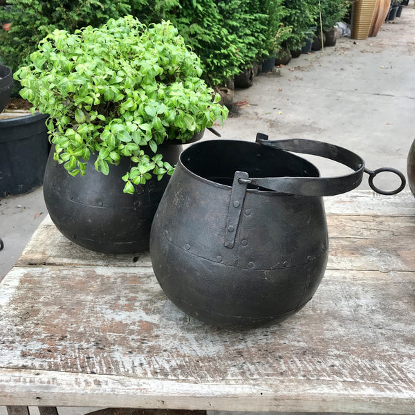 VINTAGE INDIAN WATER WELL BUCKET PLANTER (H24CM| DIAMØ20CM)