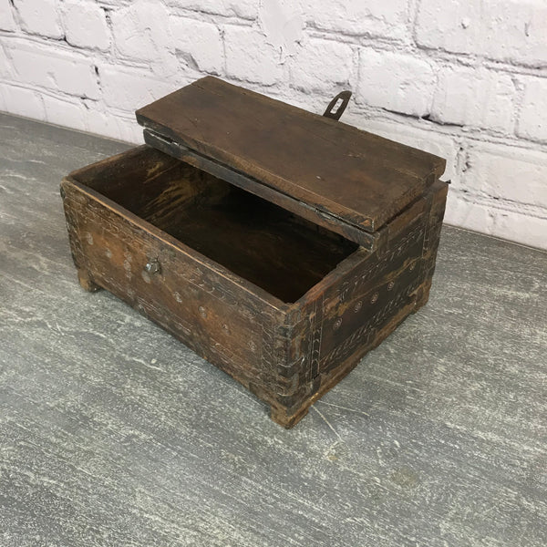 ANTIQUE INDIAN TRIBAL DOWRY BOX