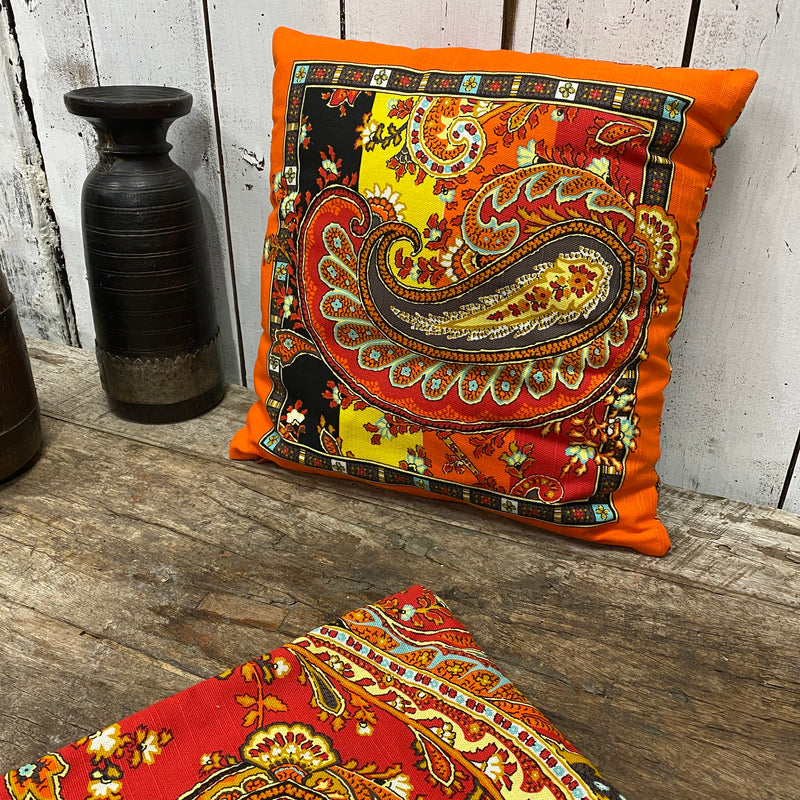 Decorative Cushion & Cover by Bassetti, made in Italy 40cm x 40cm