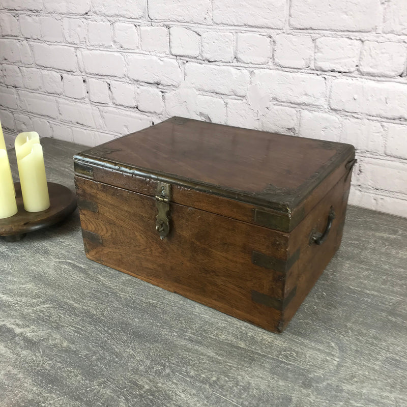 ANTIQUE ANGLO INDIAN DESK JEWELLERY BOX (W42CM | H22CM)