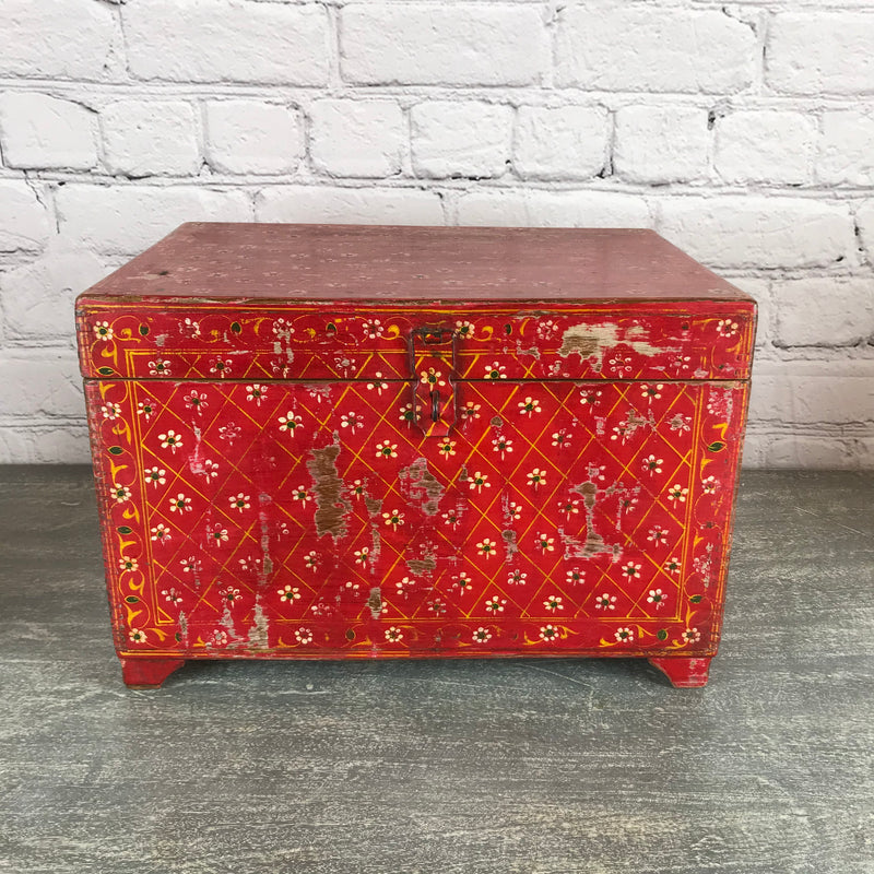 Vintage Hand painted red box with floral motifs | 45331