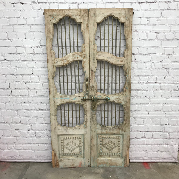 Real antique Jali teak gate with carved details | h194cm w105cm (W)