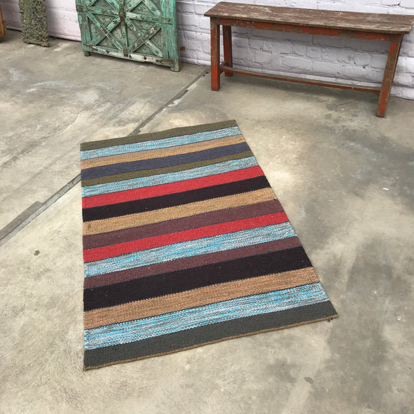 Flat weave carpet rug hand made in India (150cm x 90cm)