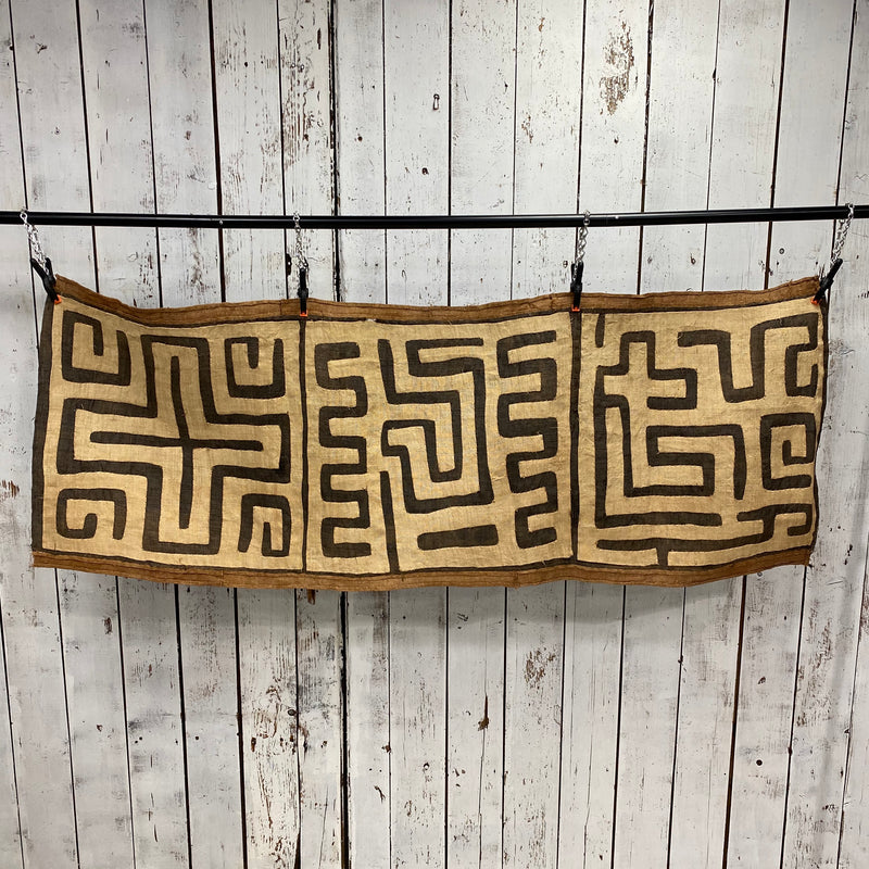 VINTAGE KUBA TEXTILE FROM THE CONGO, AFRICA | TEXTILE WALL HANGING ART (W150CM | H58CM)