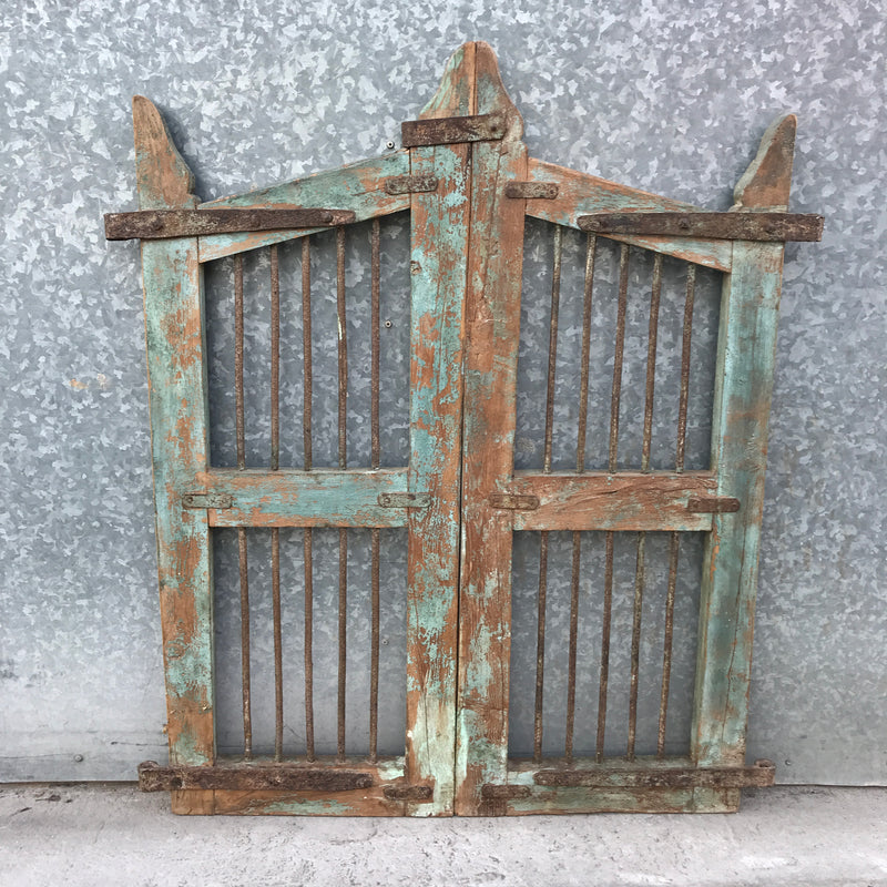 VINTAGE INDIAN GARDEN DOG GATE (H107CM | W82CM)