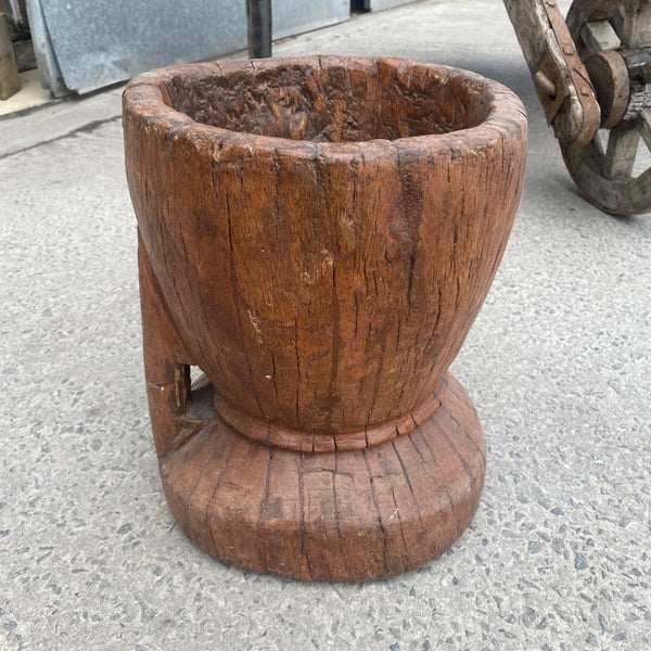 ANTIQUE INDIAN OKHALI PLANTER | H35CM D30CM