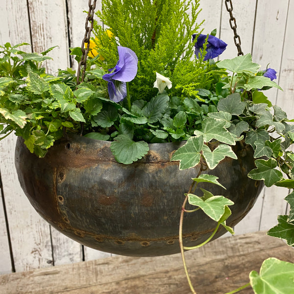 UPCYCLED VINTAGE INDIAN RIVETED WATER POT HANGING BASKET | ø33cm | Chains