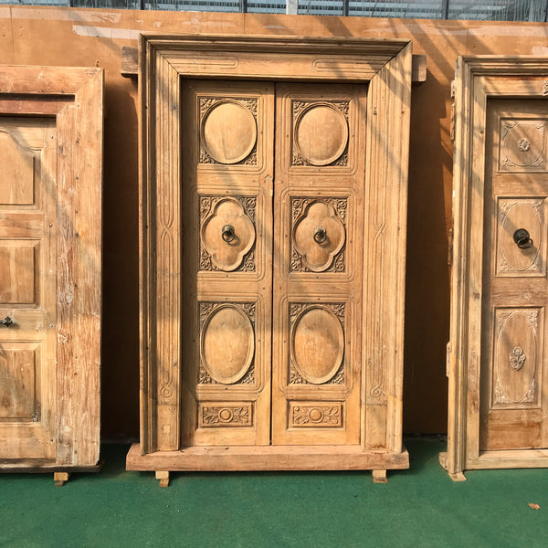 Impressive Antique Indian mansion door (H225cm | W127cm)