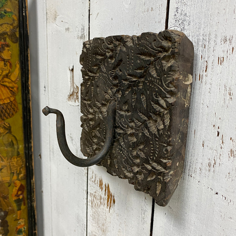 RECLAIMED INDIAN PRINT BLOCK SWAN NECK HOOK