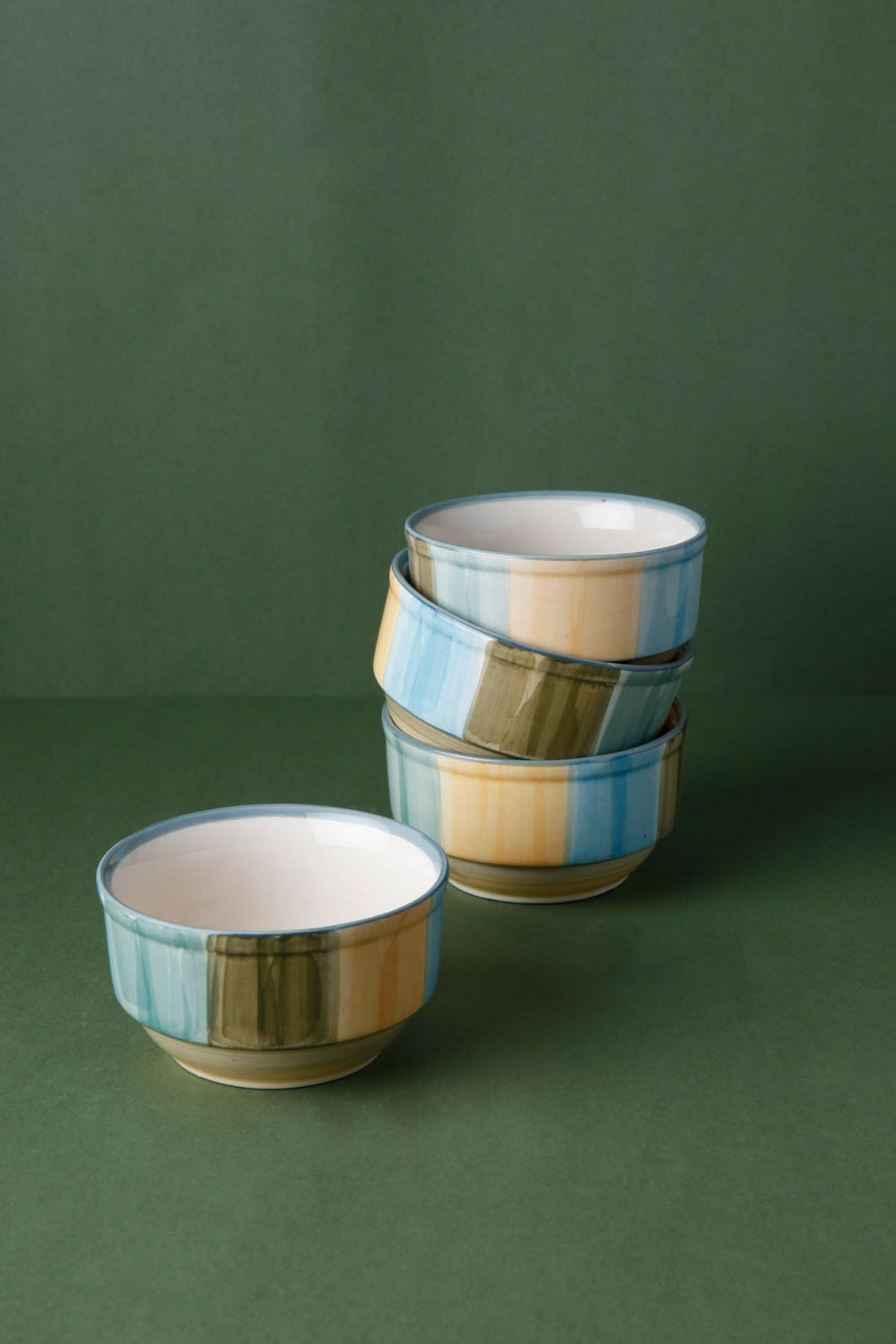DINNERWARE & TABLEWARE