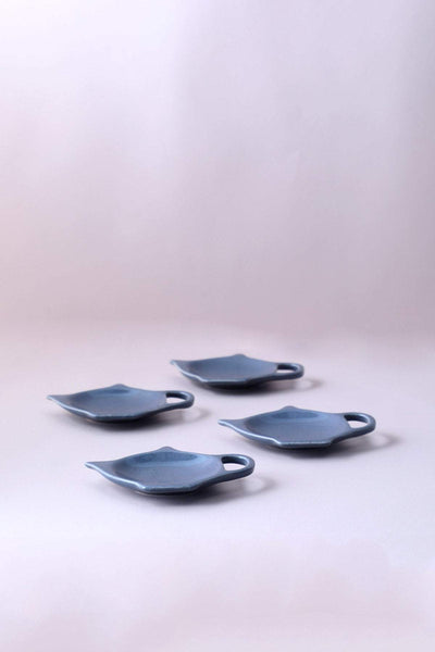 A Set Of 4 Ceramic Tea Bag Thinggy In Grey Color And Handcrafted Style
