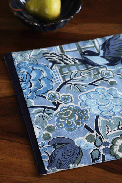 A Set Of 4 Cotton Duck Table Mat In Blue Color