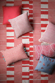 Cotton & Viscose Cushion Cover In Pink Color And Woven Tweed Style