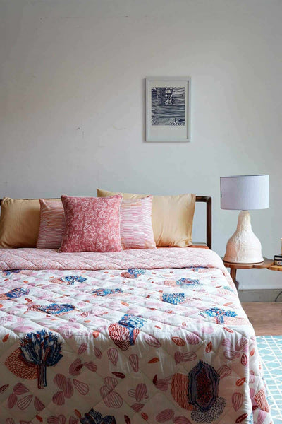 Buy Elae Quilt (Multi-Colored) Online | Freedomtree.in