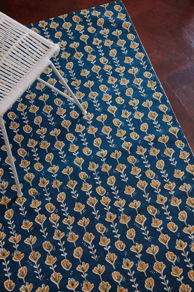 100% Cotton Printed Rug In Blue Shade And Screen Printed Style