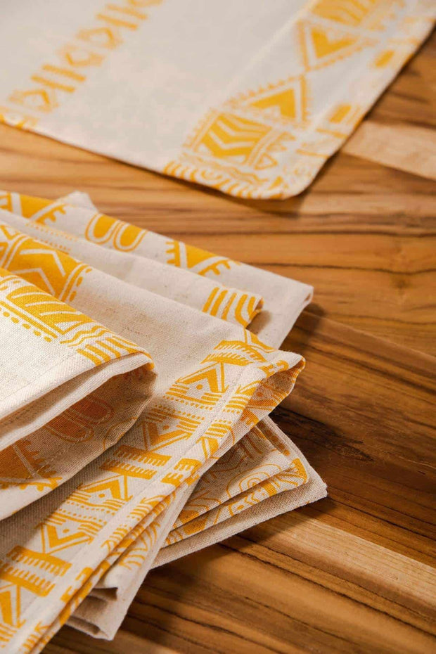 Buy Madia Fine Dinner Napkin (Set Of 4) Online | Freedomtree.in