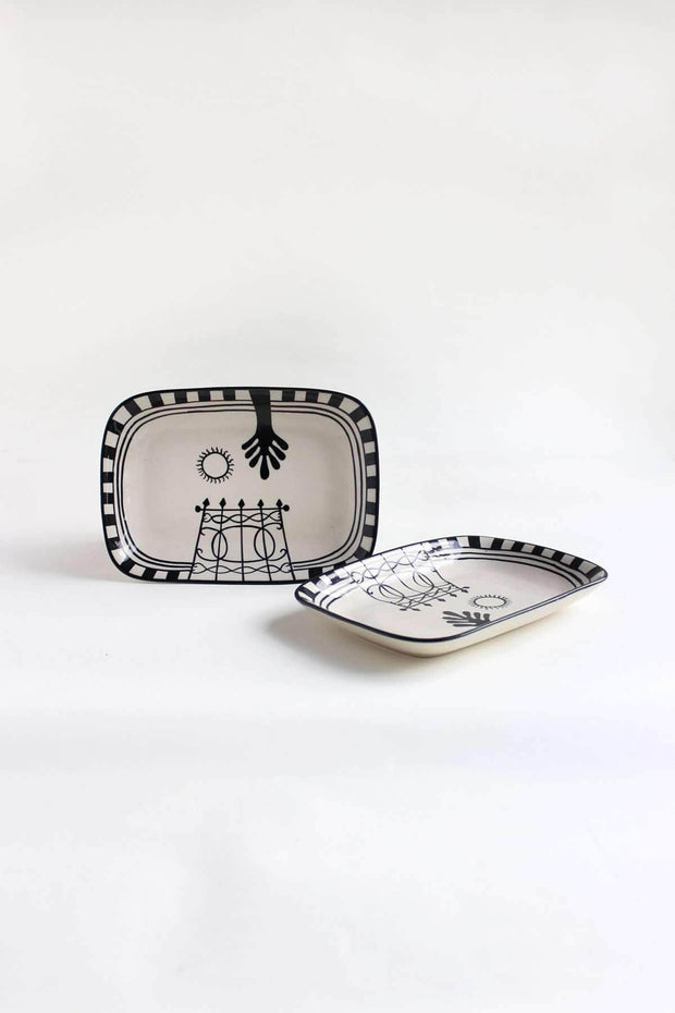 A Set Of 2 Ceramic Nut Tray In Black Shade And Handpainted Style