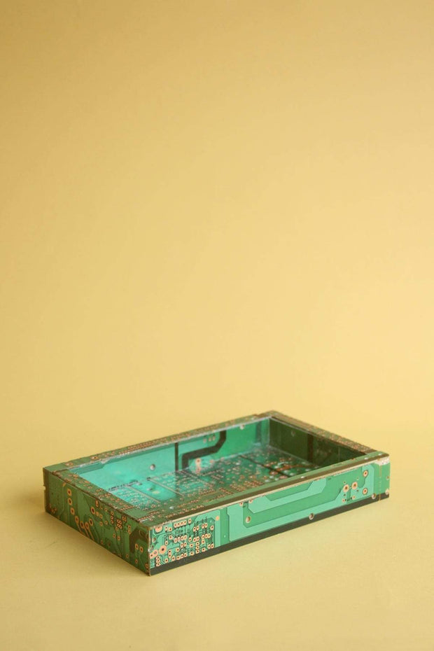 Recycled Wood Tray In Green Color And Handcrafted Ceramic Glaze Style