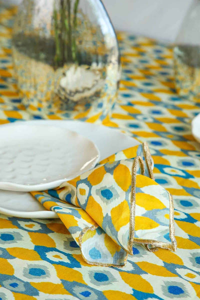 Buy Ogee Dots Dinner Napkin (Set Of 4) Online | Freedomtree.in