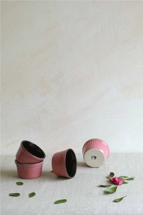 Buy Semanae Pink/Black Ramekin (Set Of 4) Online | Freedomtree.in