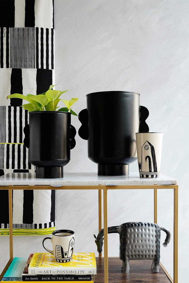 Senhur Metal Vase (Black)