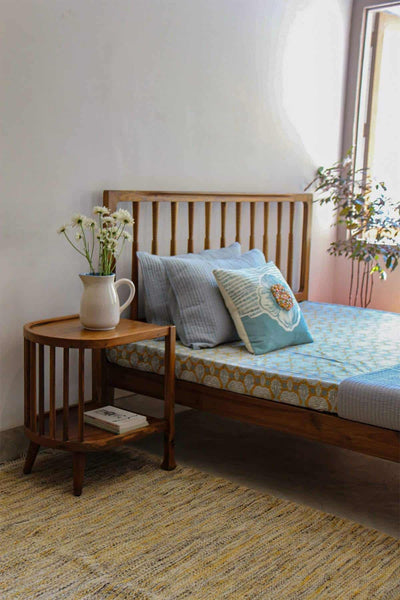 Buy Spindle Bed (Natural) Online | Freedomtree.in