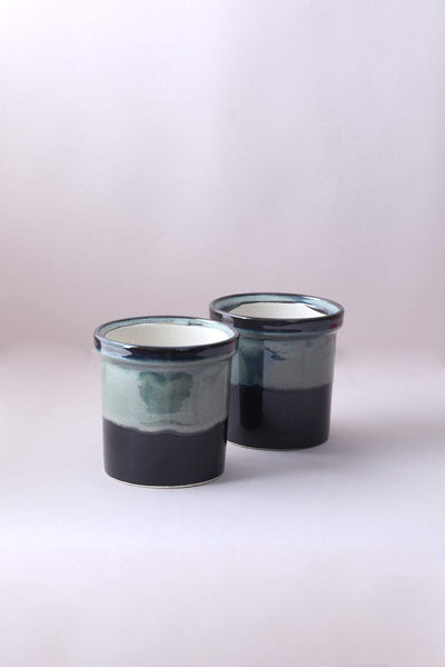 A Set Of 2 Ceramic Jar Planter In Green/Black Color