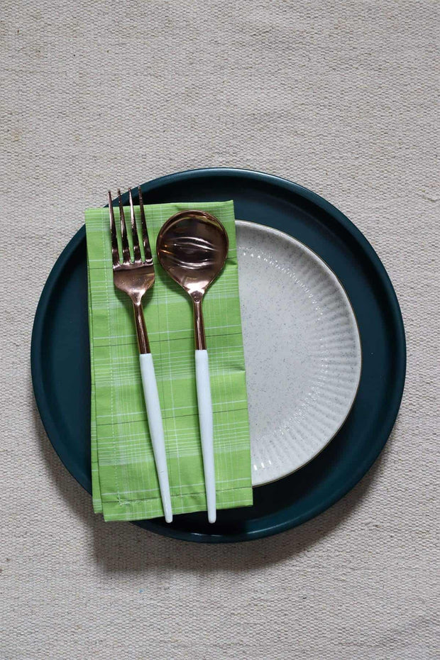 Buy Tali Dinner Napkin (Set Of 4) Online | Freedomtree.in