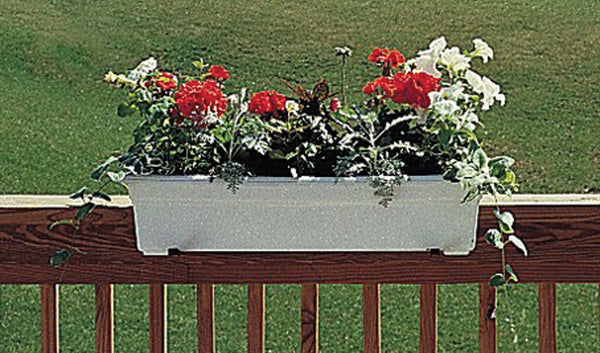 Novelty Mfg Co          P - Countryside Flowerbox