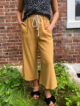 Load image into Gallery viewer, Meet me in Italy Culotte Pant