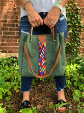 Load image into Gallery viewer, Aztec Stripe Bag