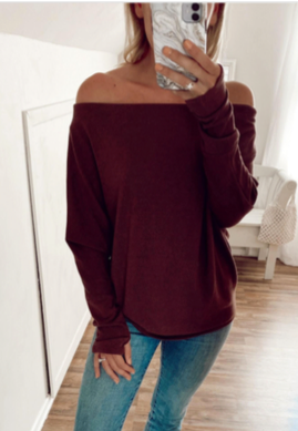 Fearless Off the Shoulder Sweater (Raisin)