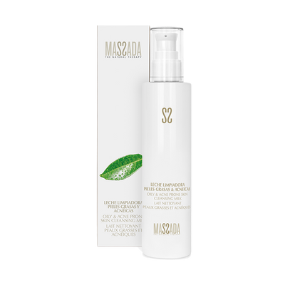 OILY & ACNE PRONE SKIN CLEANSING MILK von Massada Naturkosmetik