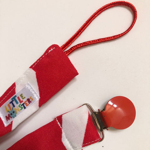 Geometric Red/white, ref coated metal clip- Dummy Clip (String) -