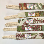 Foliage lace brown , birch wood clip- Dummy Clip (String) -