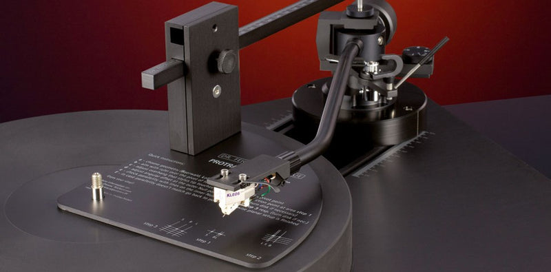 How to adjust a vinyl record player