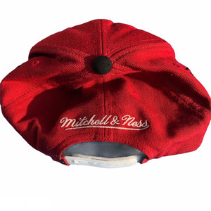 Vintage Mitchell & Ness Hat Red Chicago Bulls Snapback