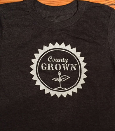 COUNTY GROWN SPROUT • Prince Edward County PEC • Kids & Youth Charcoal Heather Modern Crew T-Shirt