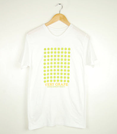VERY GRAPE WHITE WINE • Prince Edward County • Men's White Modern Crew T-Shirt