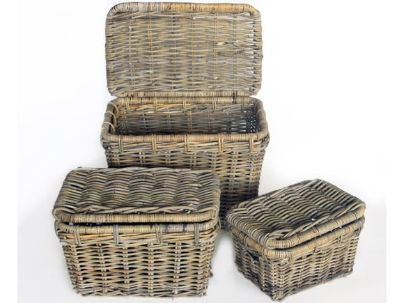 Small Wicker Basket with Lid