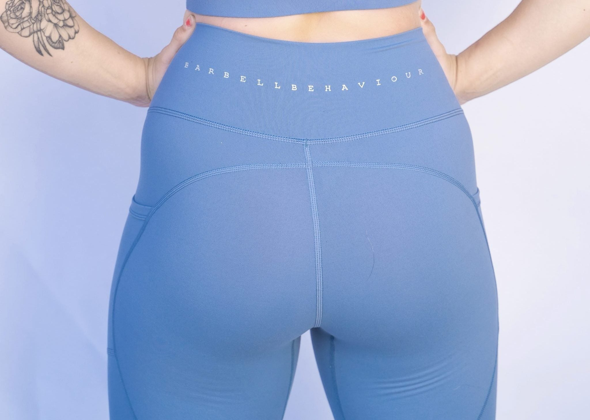 Sky blue Pocket legging barbell behaviour