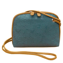 Load image into Gallery viewer, ILI Cheyenne Crossbody Bag With Gromet