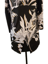 Load image into Gallery viewer, Softworks Zip Front Floral Top
