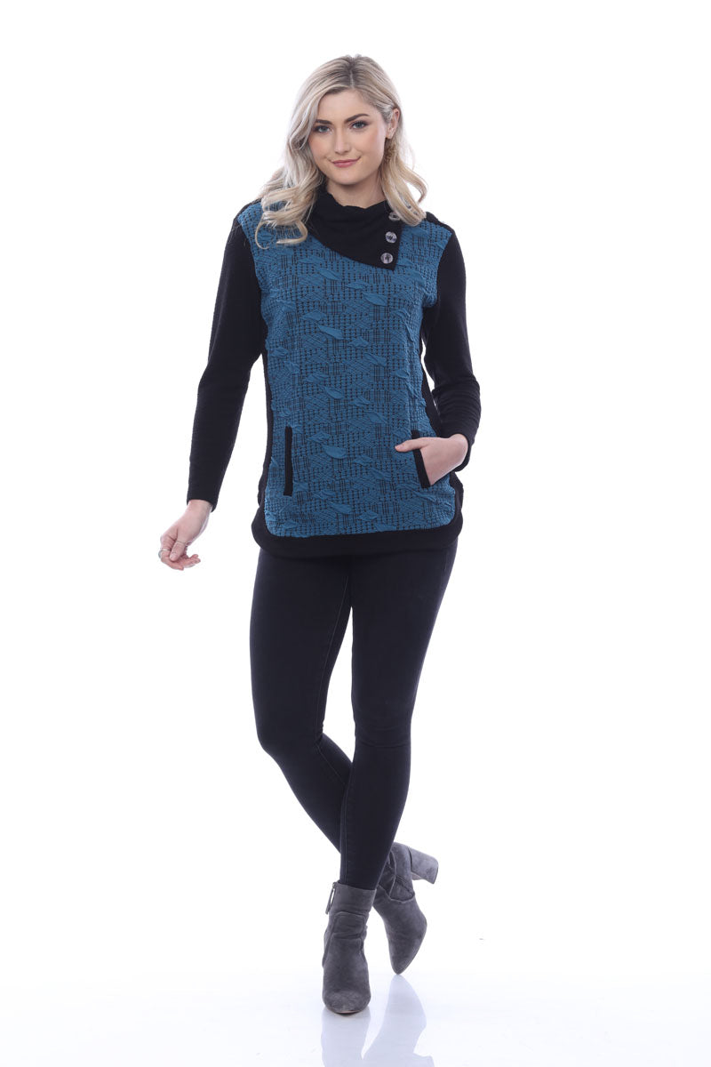 Parsley and Sage Houndstooth Asym Neck Top W/Front Pockets