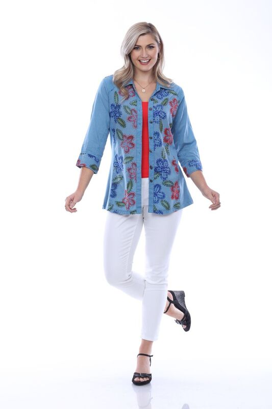 Parsley & Sage Parsley Embroidered Flower Shirt