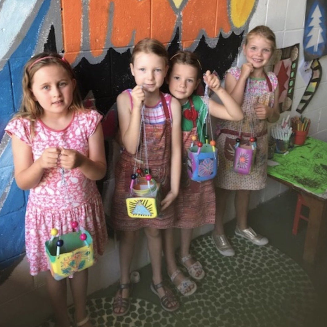 Kids art classes Brisbane. West End art and craft kids classes. Children's holiday art classes. Brisbane kids holiday activities