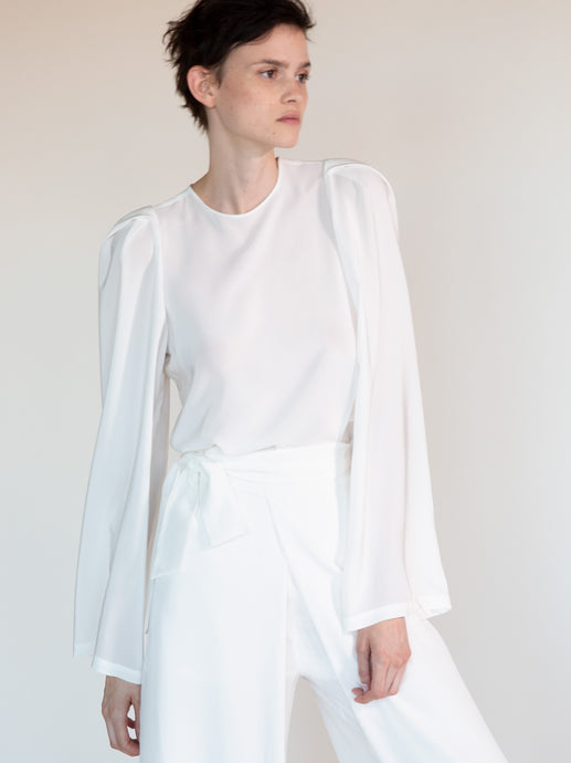 SILK DALIA TUNIC WITH PLEATED SLEEVES