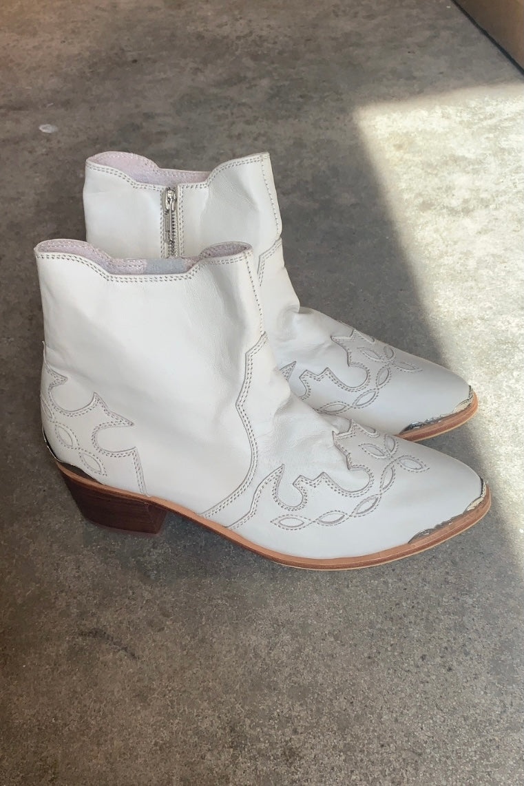 The Bali Tailor - The Sullivan Boot, Bone