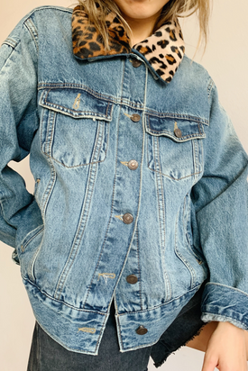 Earl Grey People - Denim Jacket with Print Collar - Worn For Good
