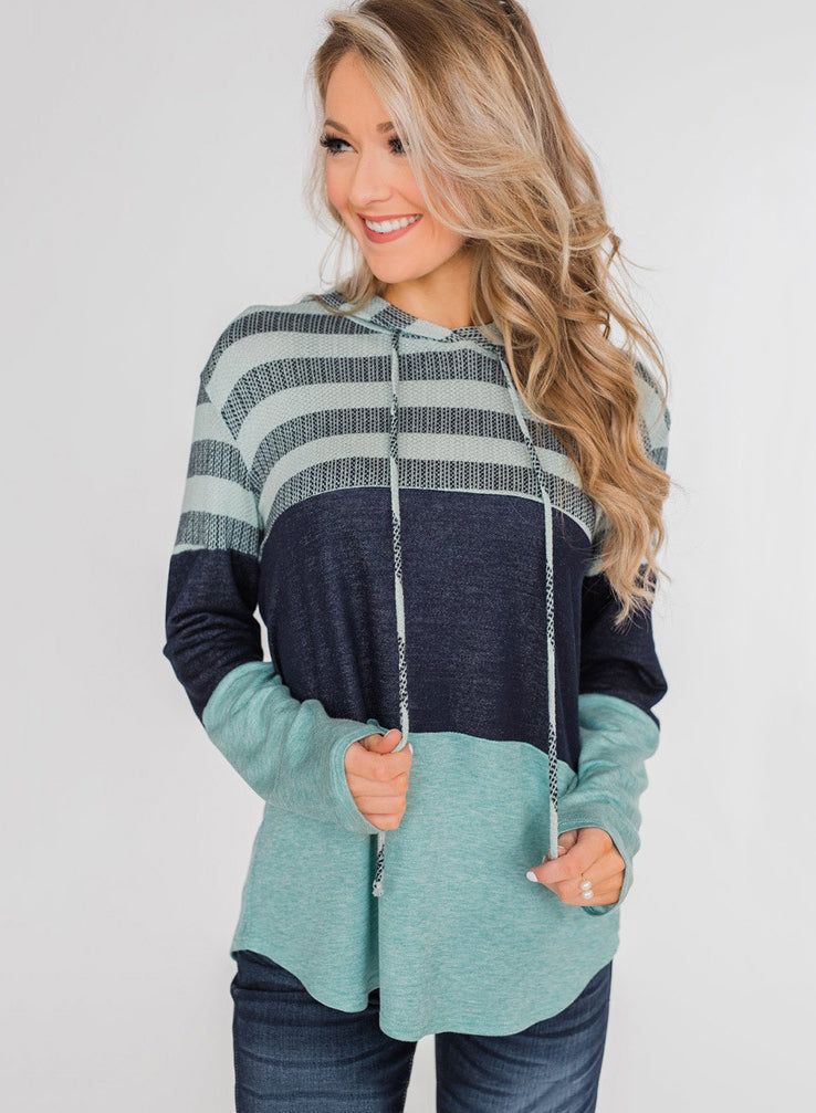 Contrast Color Long Sleeved Hooded Sweatshirt